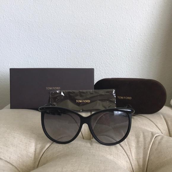 016104bd6bbb TOM FORD - Josephine Sunglasses TF296 Black. M 5b0f1dbd8290aff8a3dc0fca
